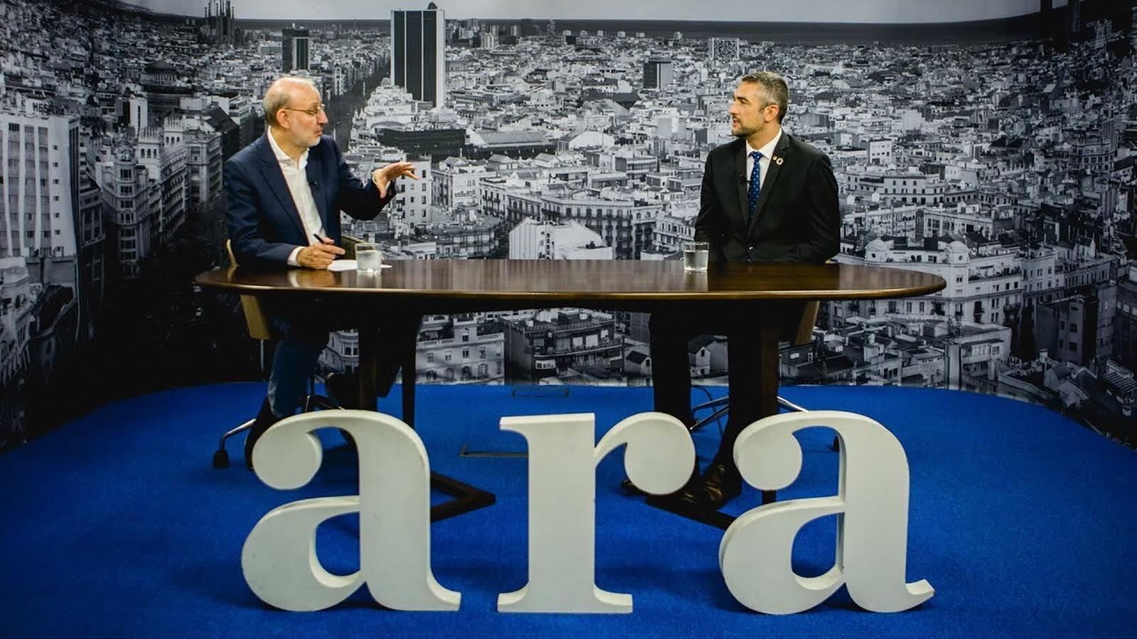 Entrevista d'Antoni Bassas a Bernat Solé