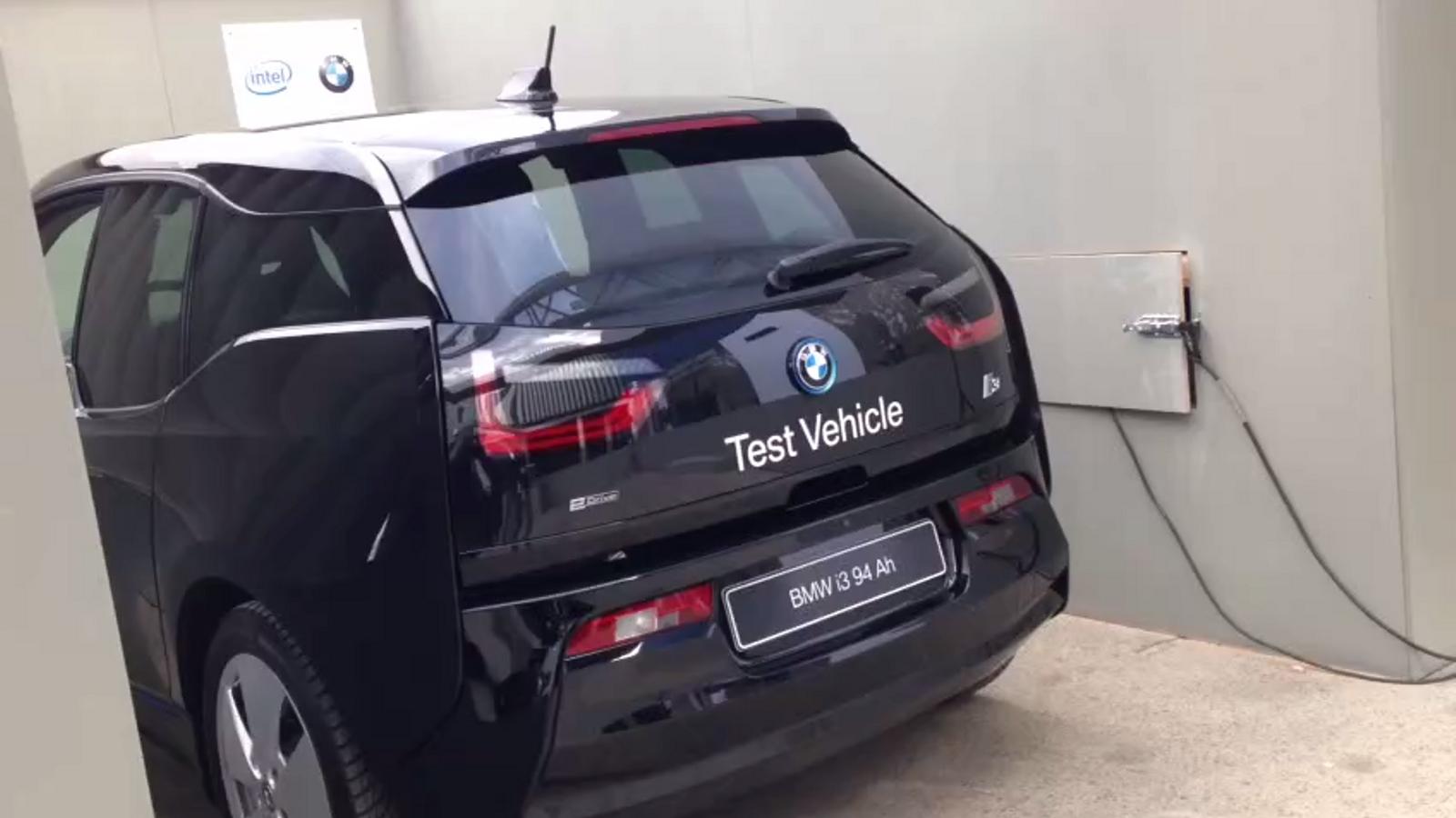 i3, el cotxe de BMW que s'aparca amb gestos