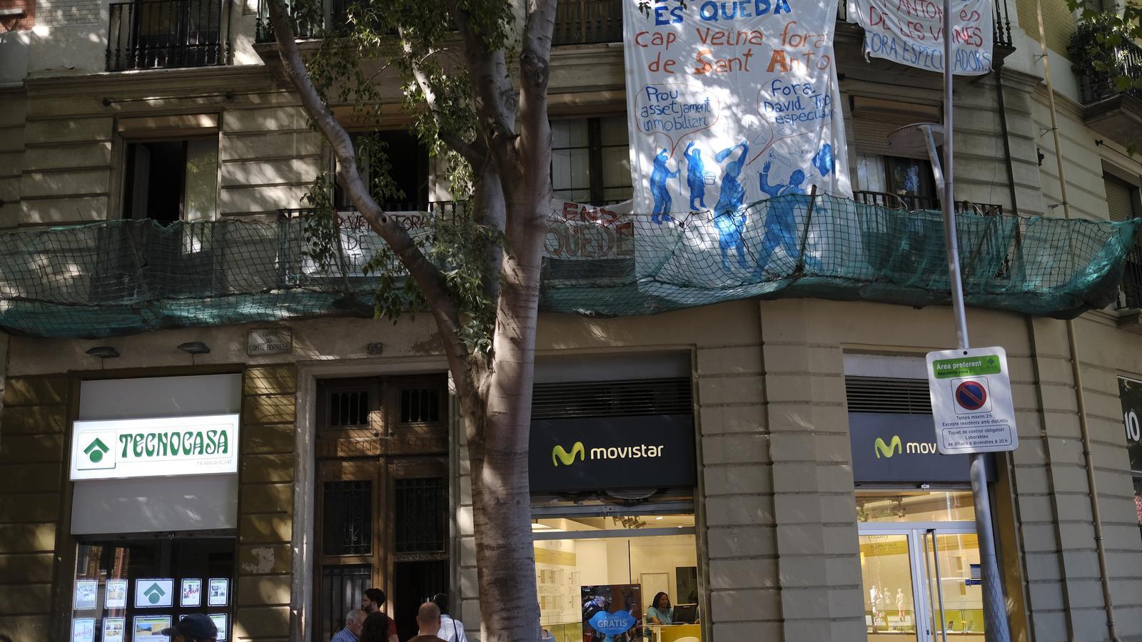 La mobilització ciutadana atura set desnonaments a Barcelona