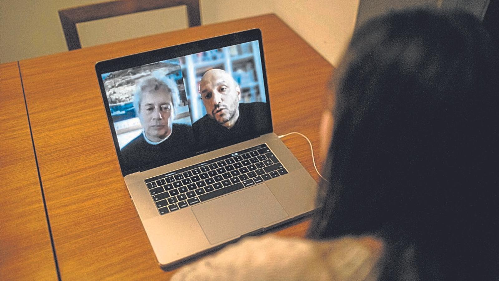 Alessandro Baricco i Jorge Carrión, en la conversa virtual a la web del CCCB.