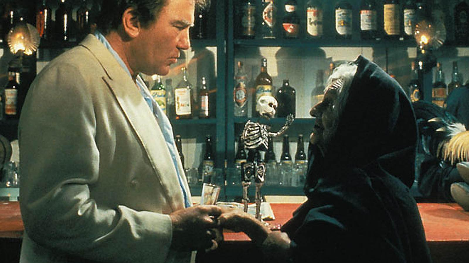 Fotograma de la pel·lícula sobre el llibre de Lowry que va dirigir John Huston el 1984.
