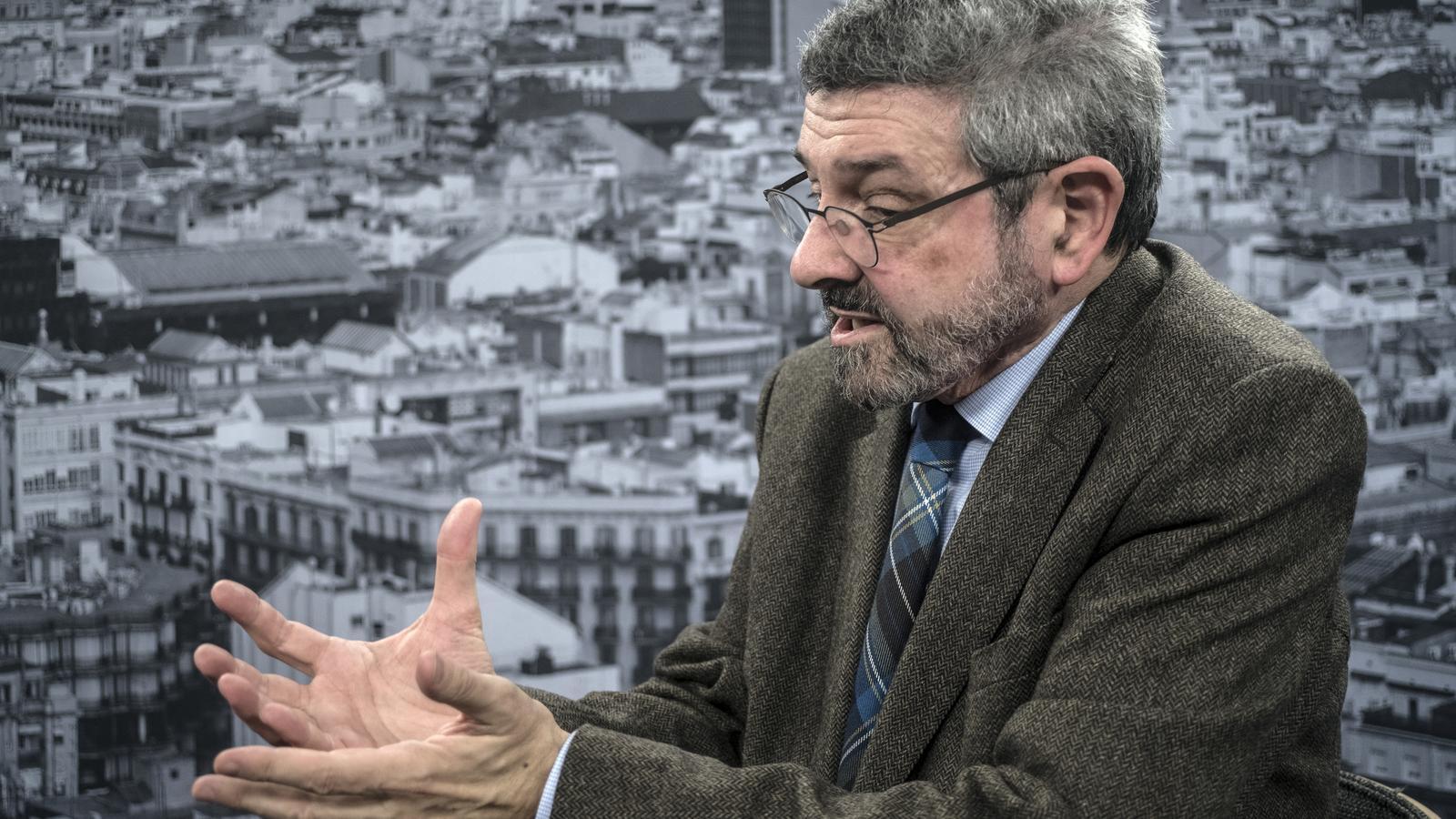 """Joan B. Culla i Francesc Serés deixen 'El País' per """"censura ideològica"""" i escriuran a l'ARA"""