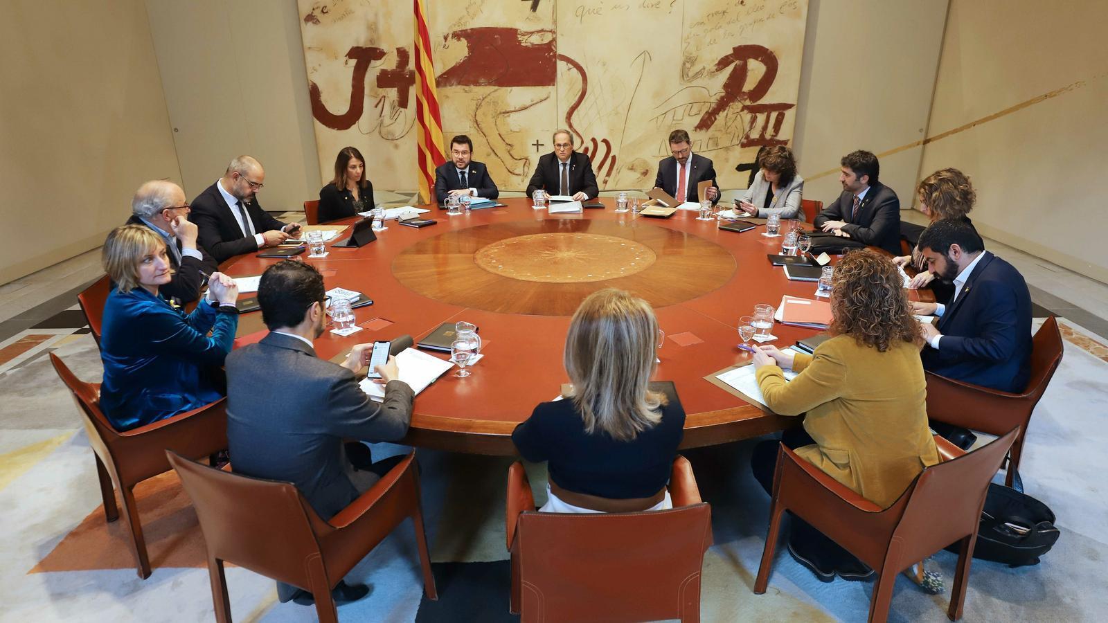 Primera reunió del Consell Executiu sense la presència del ja exconseller Alfred Bosch.