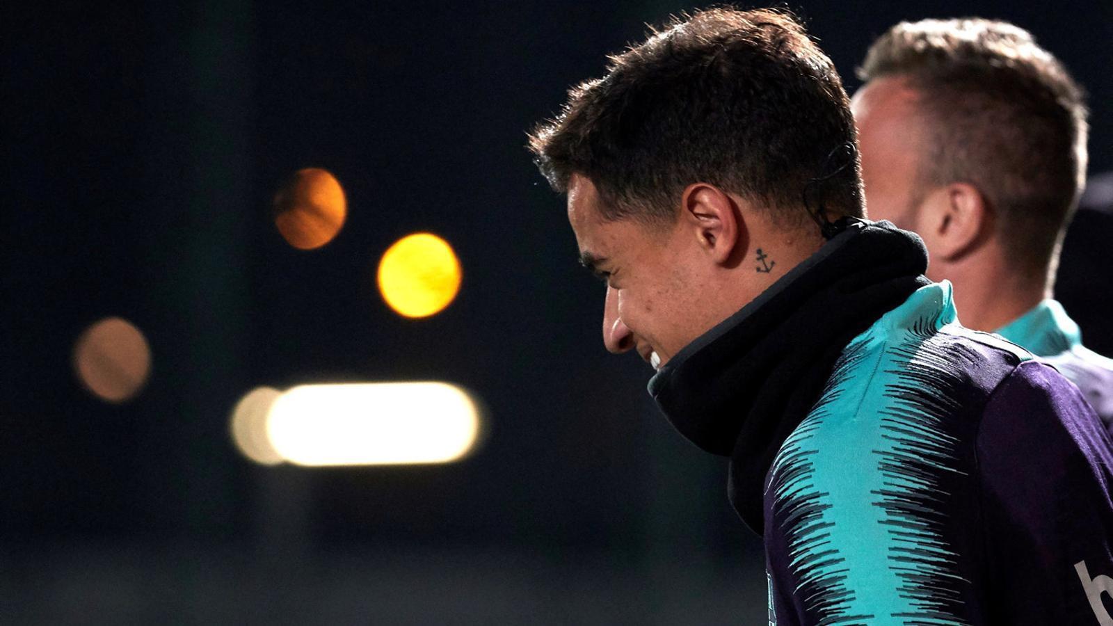 Philippe Coutinho sortint a l'entrenament del Barça.