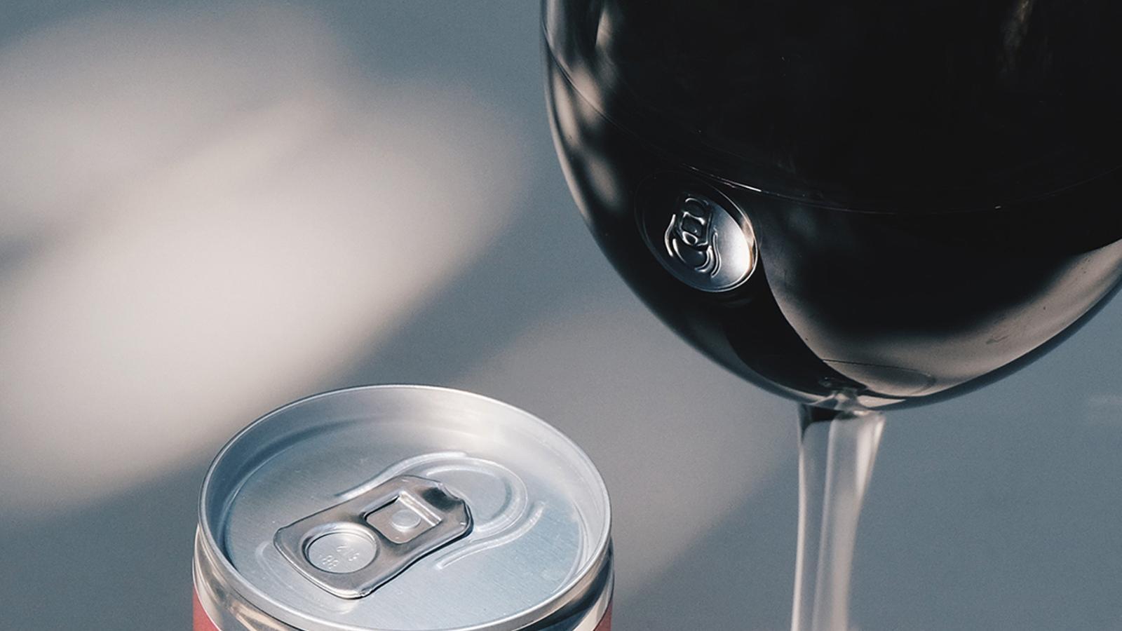 Una llauna de vi negre / Josh Nathanson & Marta Castillo Sampedro