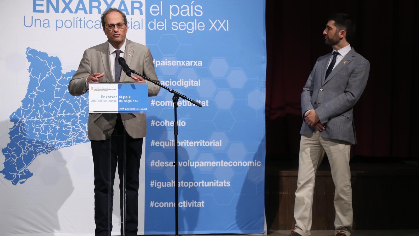 El president Torra i el conseller Puigneró en la compareixença posterior a la visita al Bages i al Solsonès