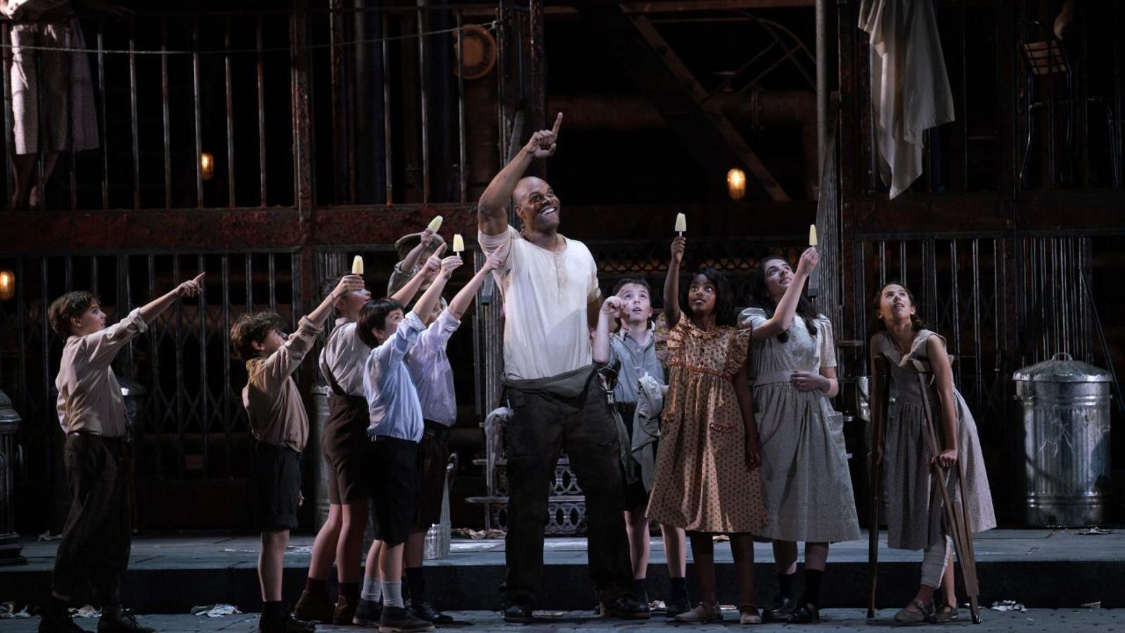 La Unió d'Actors denuncia la feina de figurants que treballen gratis al Teatro Real de Madrid
