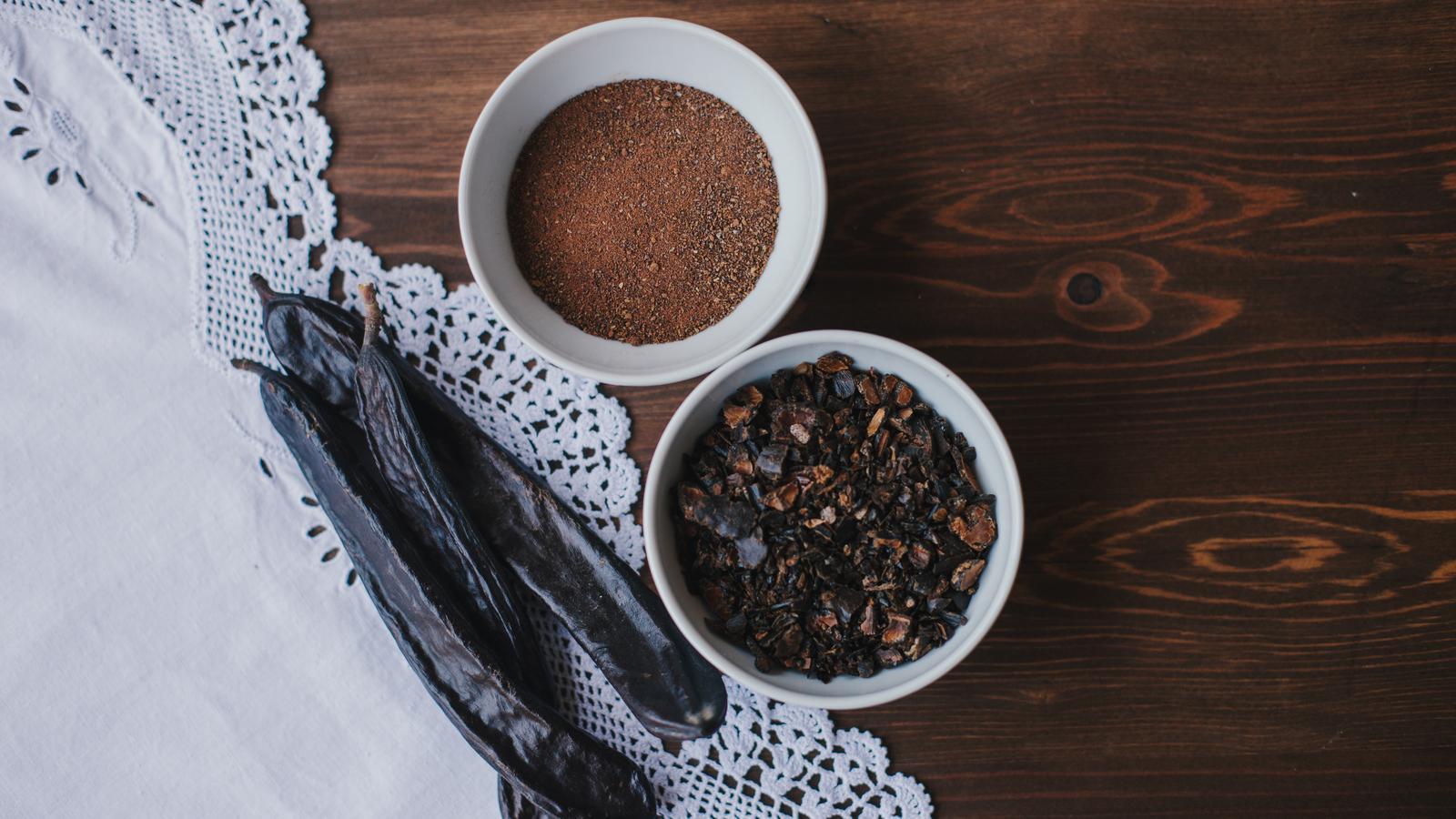 Les parts comestibles de la garrofa / Ariadna Fotografia