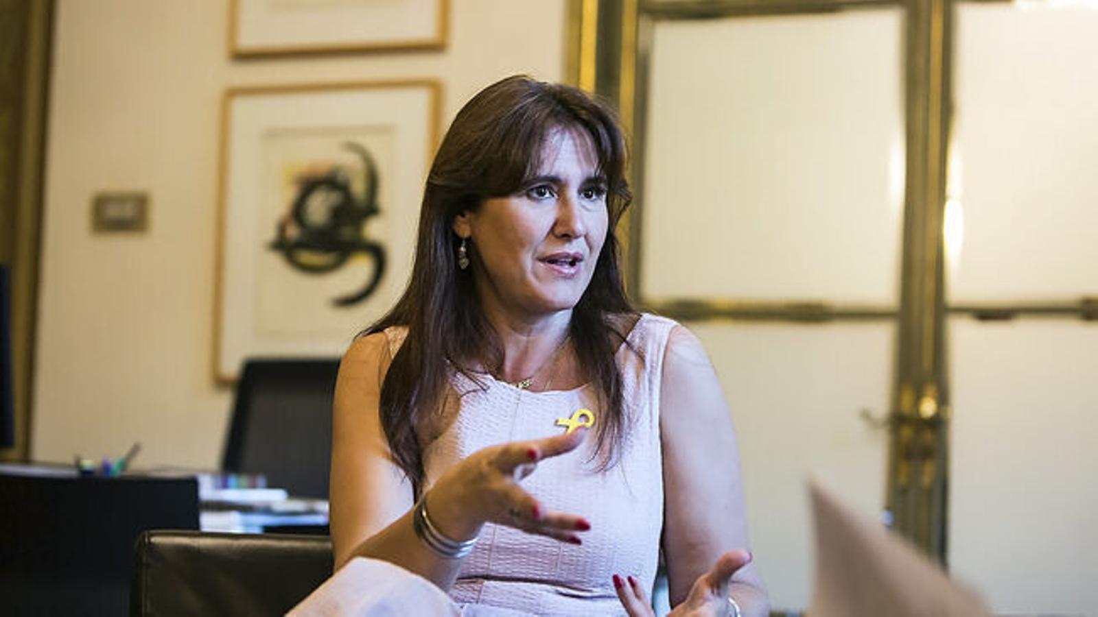 La Sindicatura de Comptes acredita que la ILC que dirigia Laura Borràs va fraccionar contractes