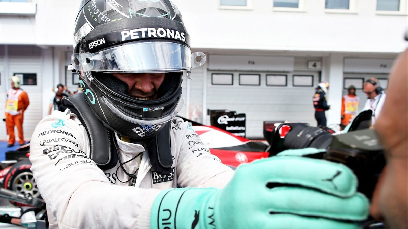 Nico Rosberg, celebrant la 'pole' a Hongria