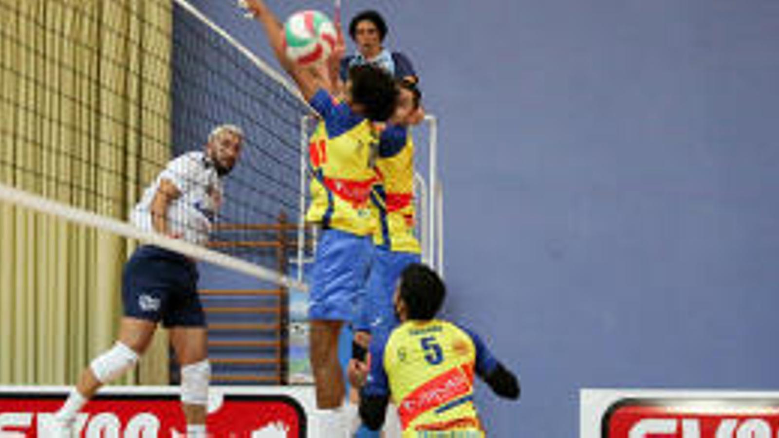 L'Ushuaïa Evissa guanya el segon partit consecutiu