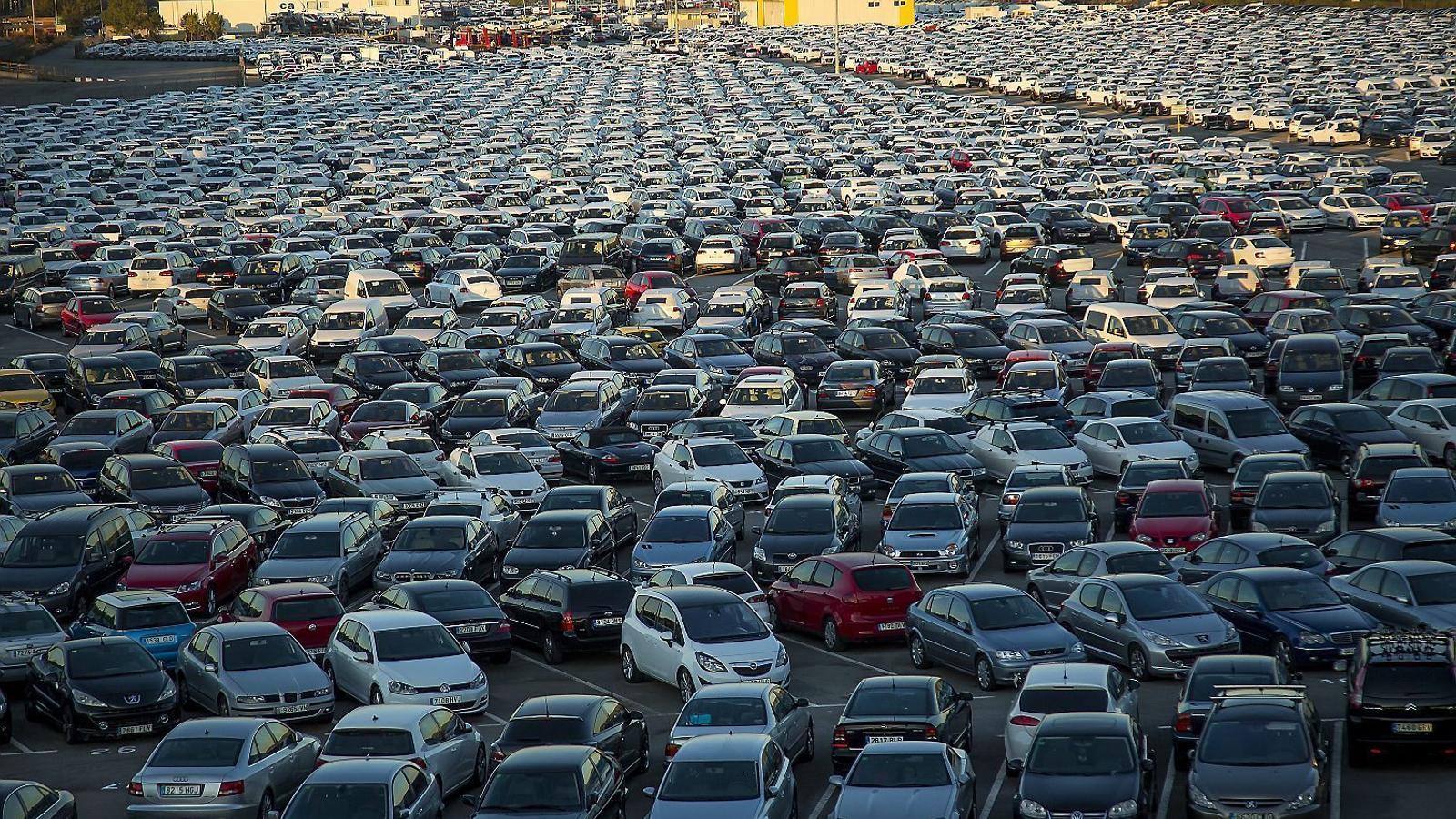 Les vendes de cotxes es mantenen a Catalunya tot i la situació política