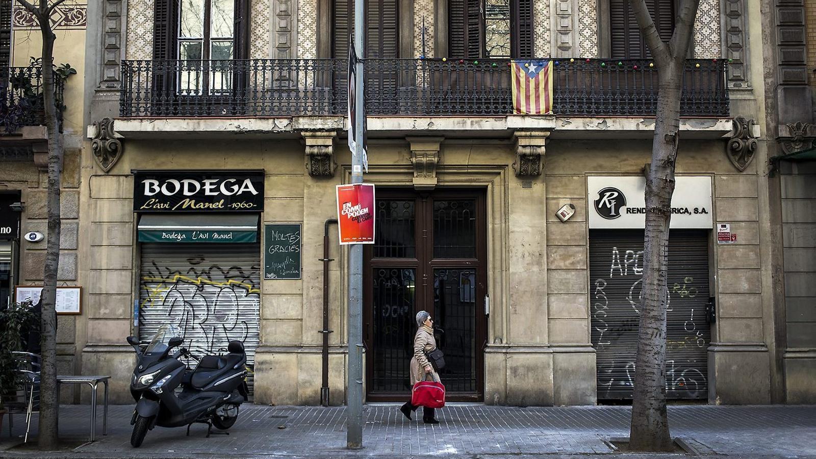 El psc de barcelona es muda a un coworking for Material oficina barcelona
