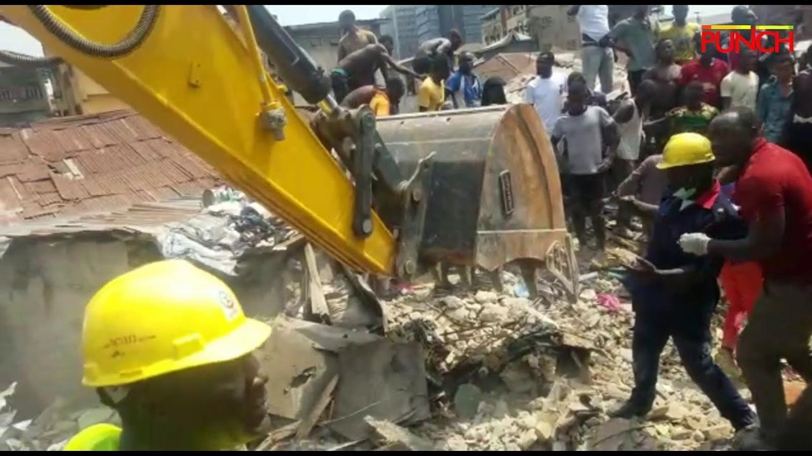 Més de 100 nens queden sepultats per l'ensorrament d'una escola a Nigèria