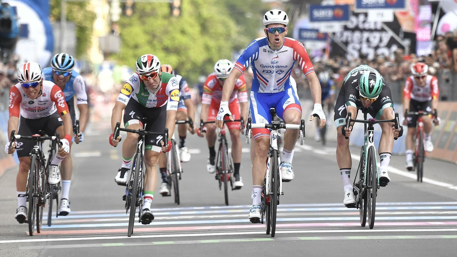 Primer triomf al Giro del francès Arnaud Démare