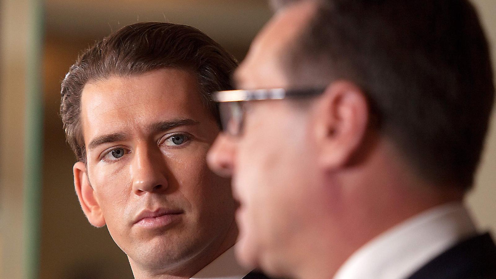 Sebastian Kurz, del Partit Popular d'Àustria, és el nou canceller d'Àustria i el cap de govern més jove del món. / ALEX HALADA / AFP