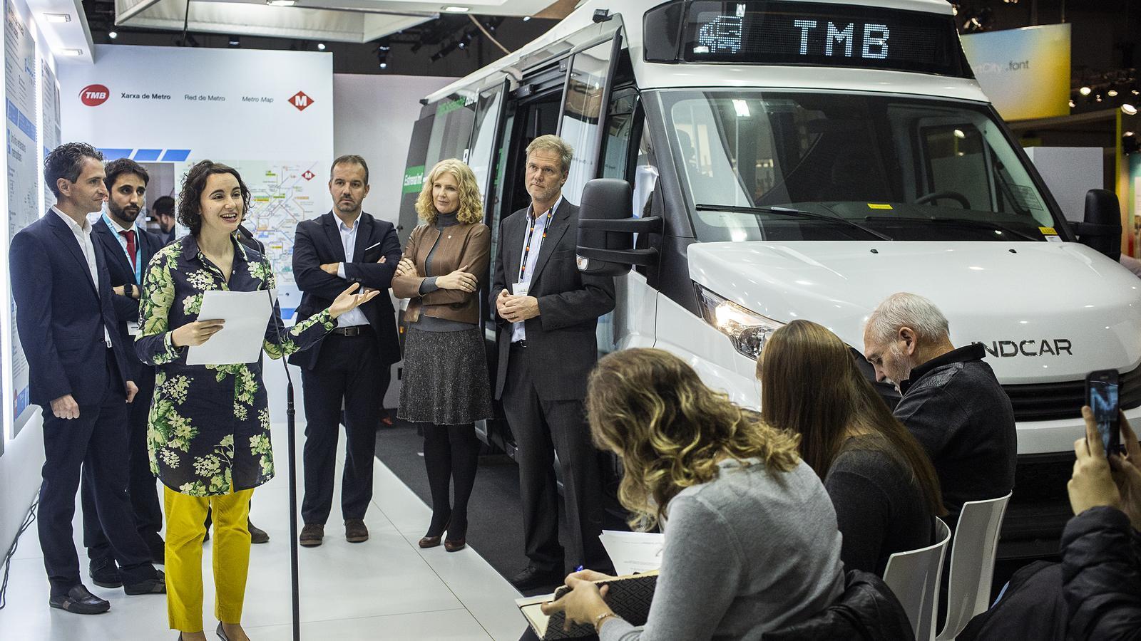 TMB ha presentat avui el minibus en l'Smart Mobility Congress