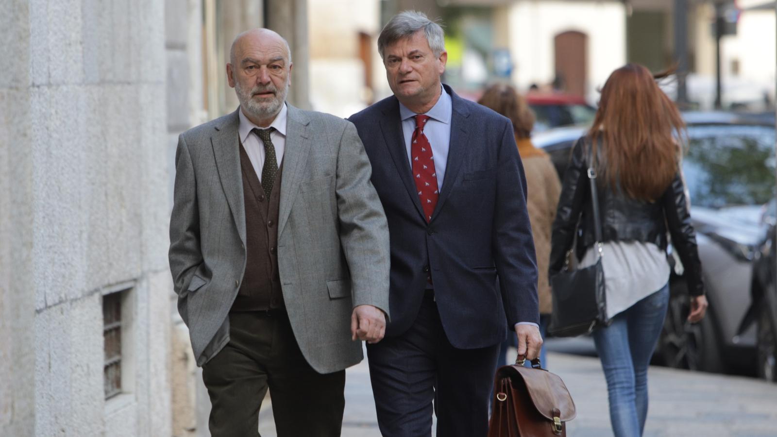El jutge Florit, acompanyat del seu advocat Josep Zaforteza, aquest dilluns.