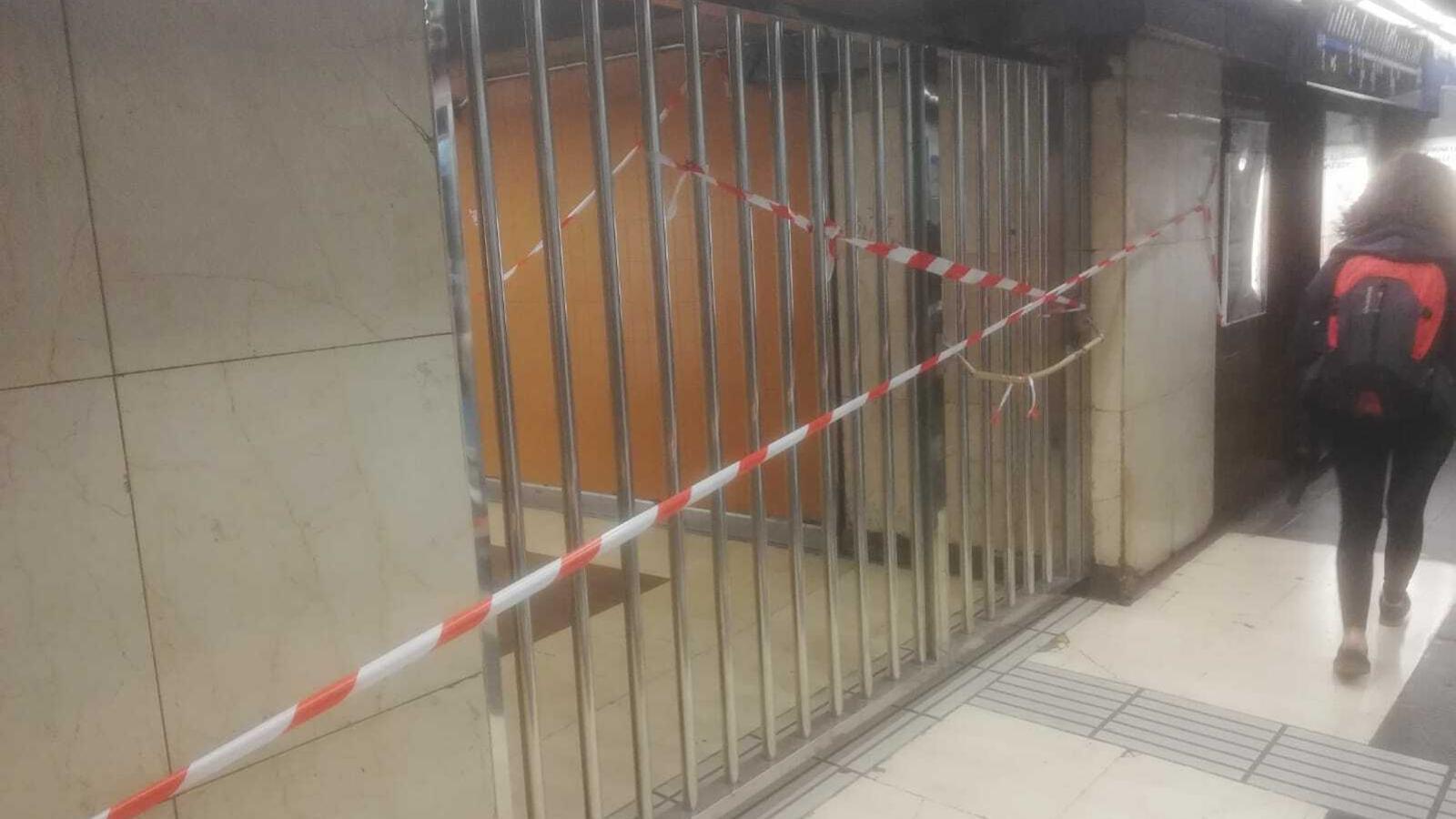 Els Mossos restringeixen l'accés a l'estació de Sants i l'aeroport del Prat davant la imminent sentència de l'1-O