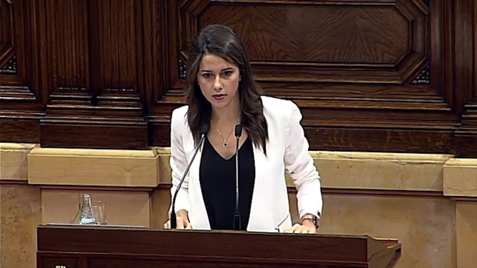 """Inés Arrimadas al Govern: """"Baixin de la bicicleta estàtica i passegin per la realitat del carrer"""""""