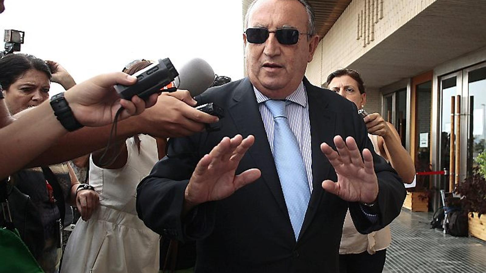 Investiguen si Carlos Fabra va ocultar béns per evitar pagar una multa d'1,4 milions d'euros