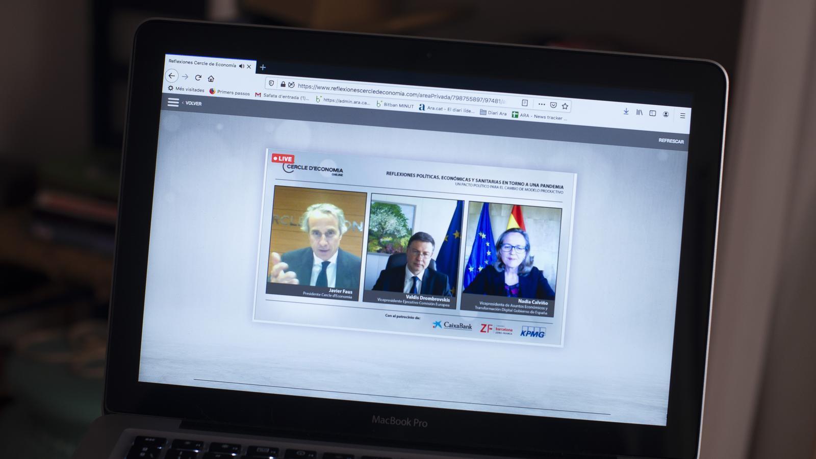 Imatge de la trobada virtual del Cercle d'Economia, amb Javier Faus, Valdiri Dombrovskis i Nadia Calviño.