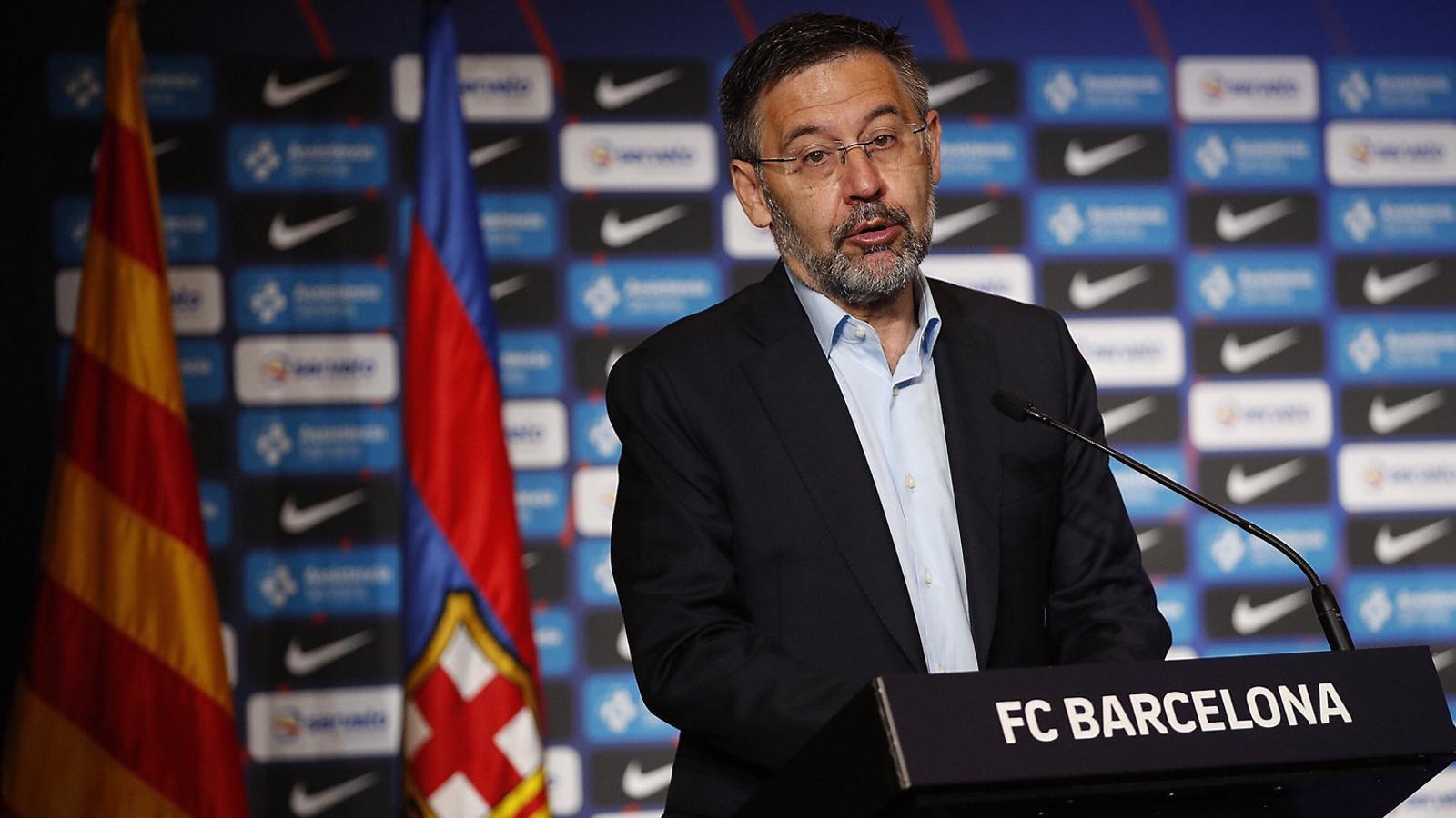 Josep Maria Bartomeu durant la compareixença davant dels mitjans de comunicació per presentar Sarunas Jasikevicius.