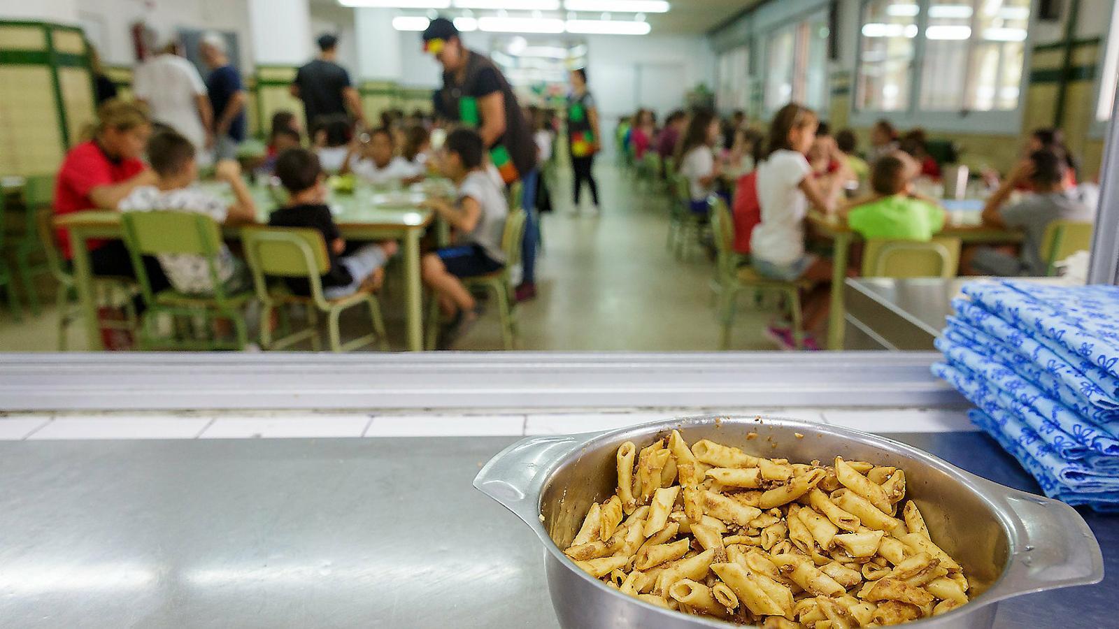 El menjador escolar costarà 6,20 euros per desè any consecutiu