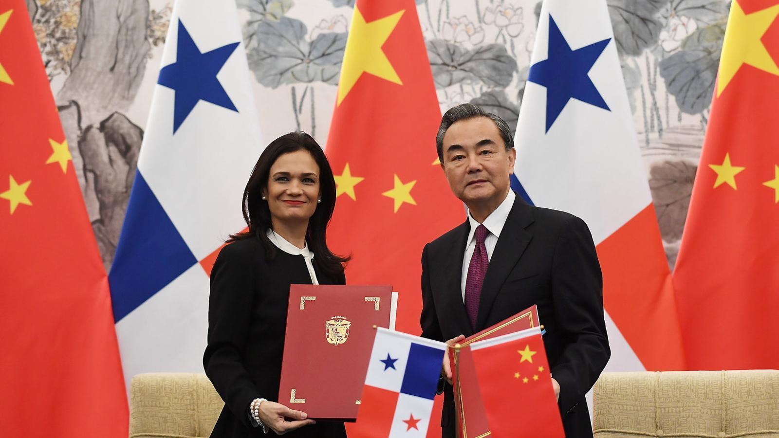 La Xina acorrala Taiwan a cop de talonari