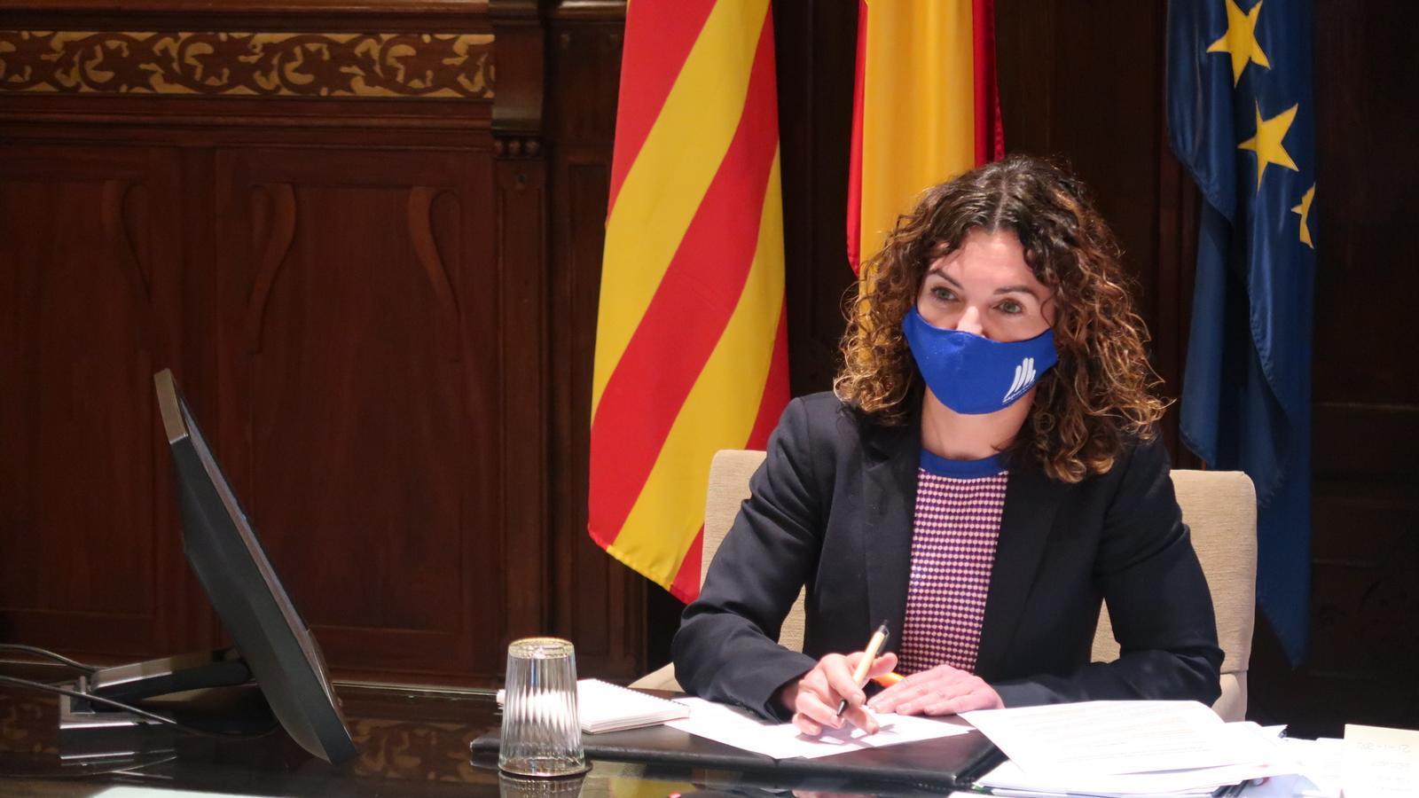 Rosario Sánchez durant la reunió