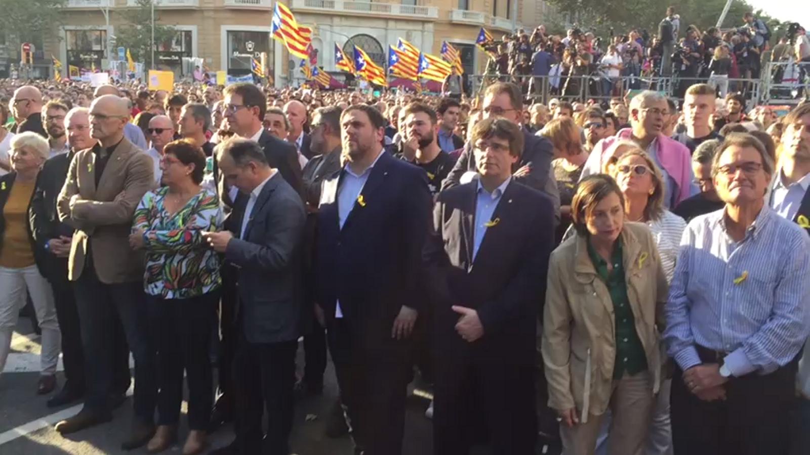 Puigdemont i Junqueras, entre els assistents a la manifestació