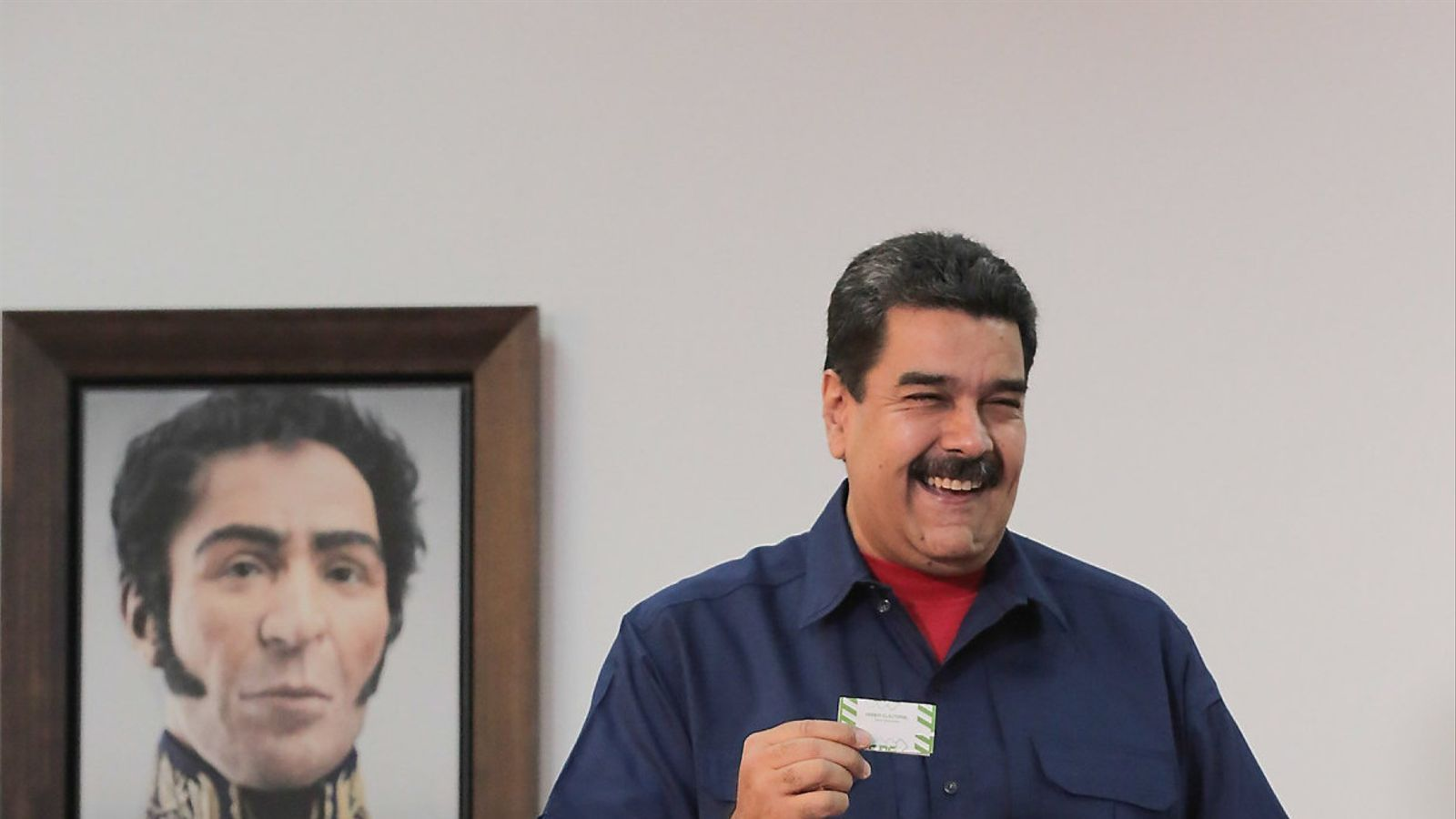 Maduro amenaça opositors de prohibir-los presentar-se