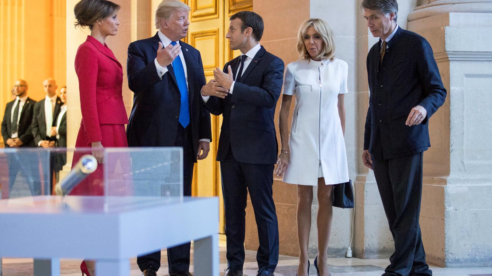 Els Trump i els Macron dijous a la recepció a París.