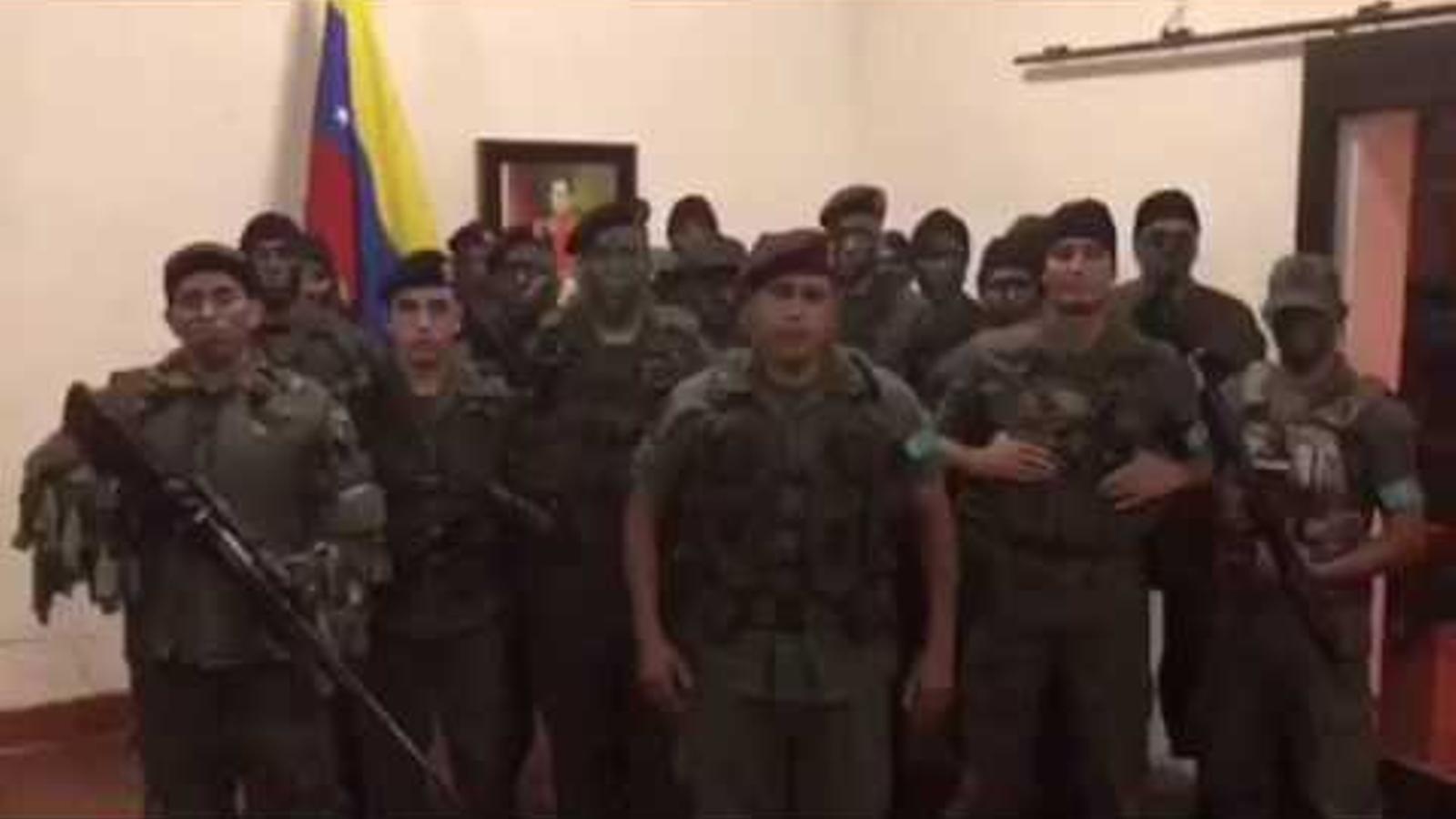 El comandant del grup militar que s'ha revelat contra el govern de Maduro aquest matí ha explicat els motius de l'alçament