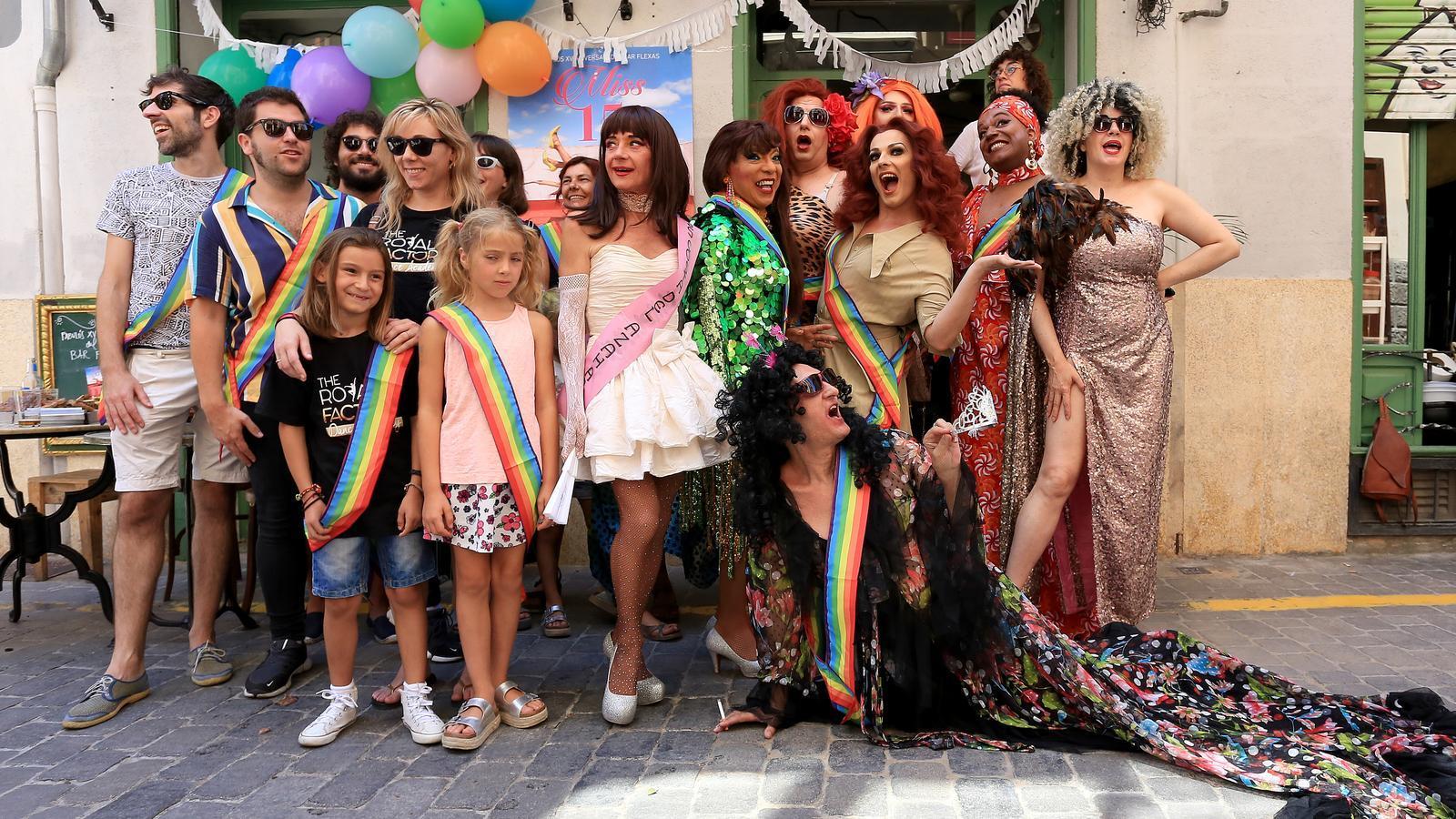 Imatge de la roda de premsa de la festa al Bar Flexas