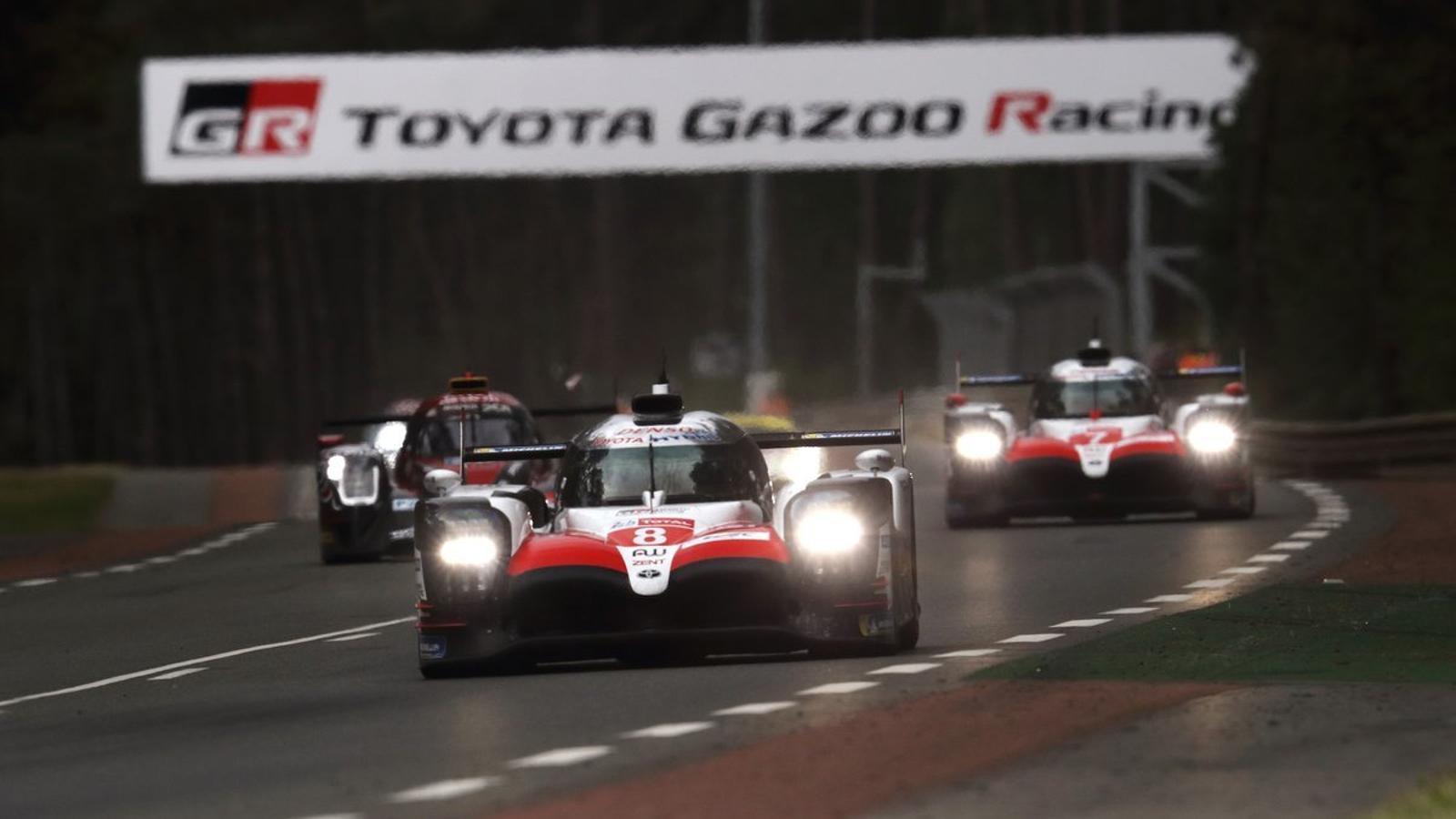 El vídeo d'Alonso avançant tots els rivals en una volta màgica a Le Mans