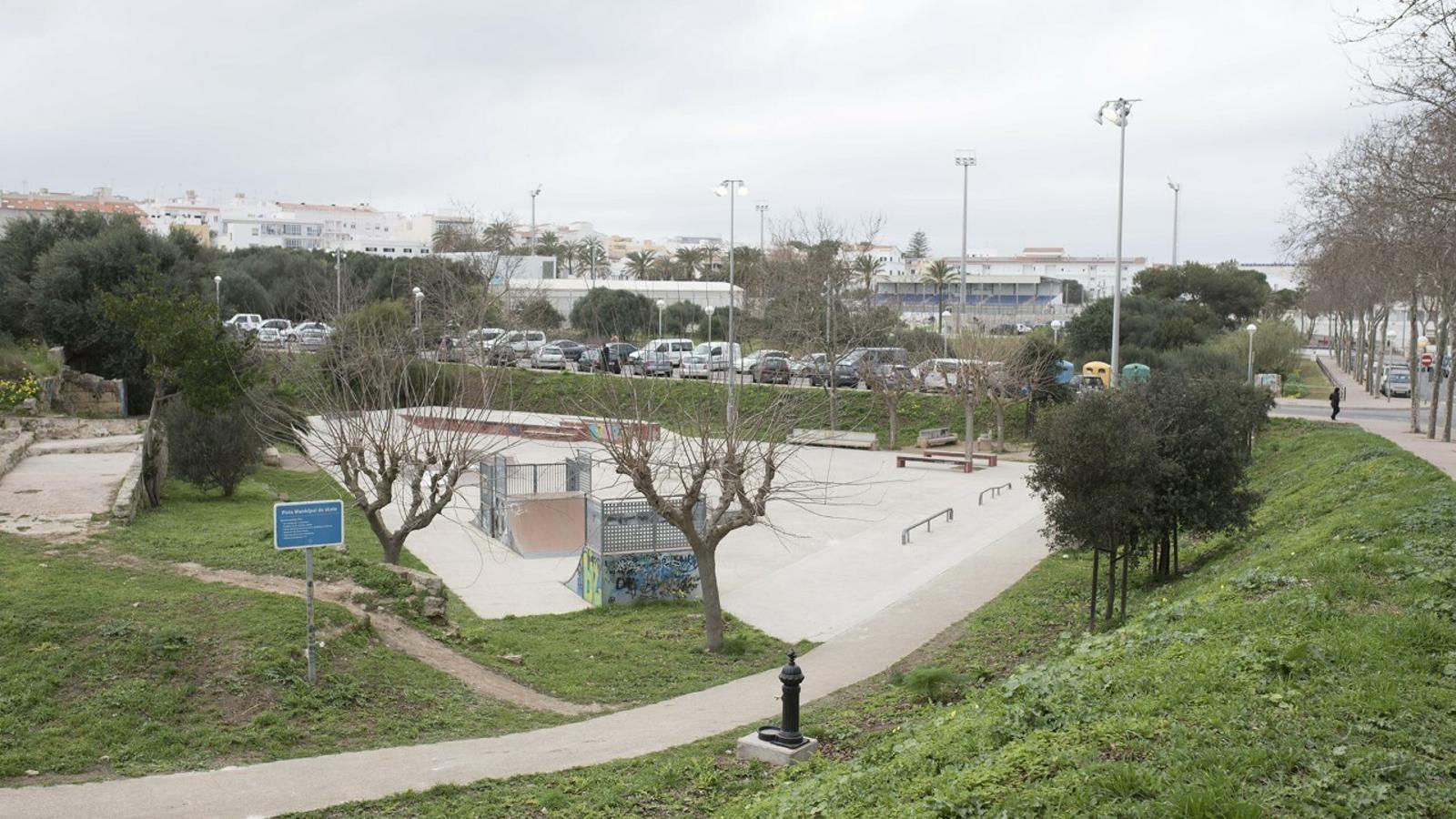 El Skate Park de Maó és un dels llocs on els detinguts es reunien amb les menors que explotaven sexualment a canvi de diners i drogues
