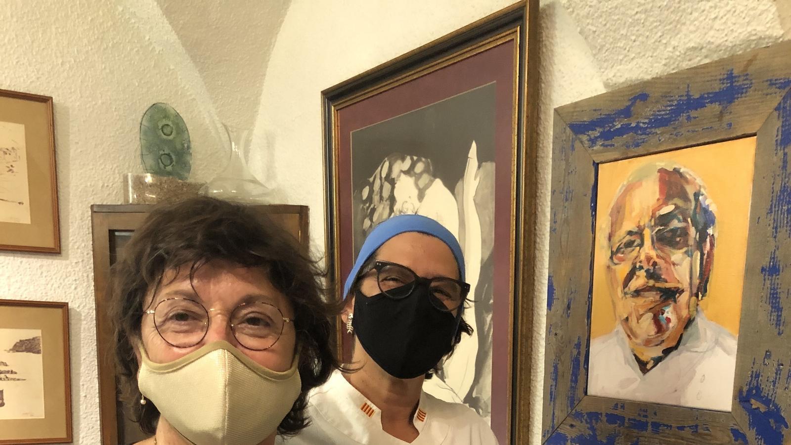 Montse Soler i Anna Casadevall, del restaurant La Xicra, de Palafrugell / TRINITAT GILBERT MARTÍNEZ
