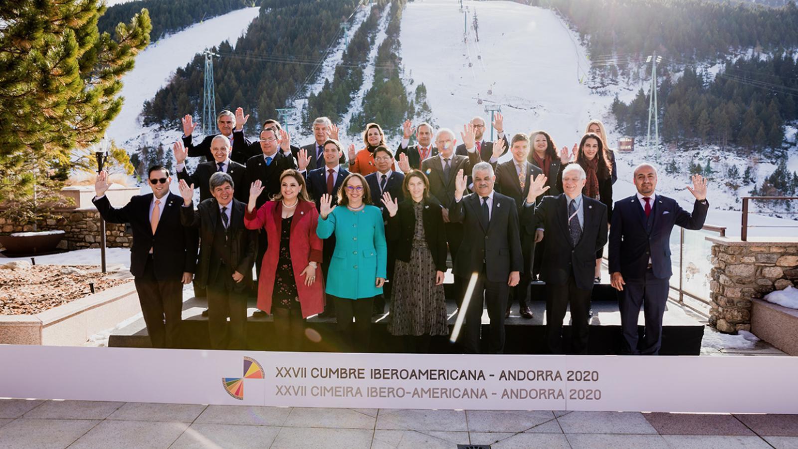 Els ministres d'Afers Exteriors, en la trobada que es va fer l'any passat a Soldeu. / ARXIU ANA