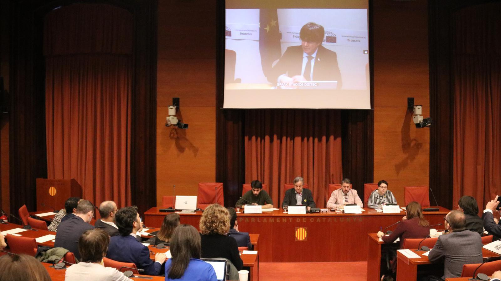 Puigdemont i Rovira avisen que el diàleg ha de posar fi a la repressió