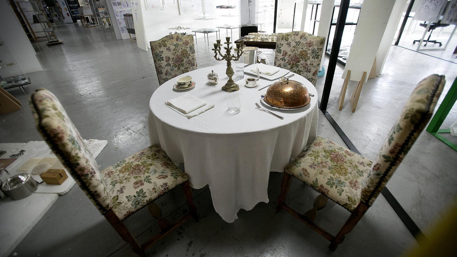 Menjar durant 3 hores: el límit de l'experiència gastronòmica Degustar també la decoració del restaurant