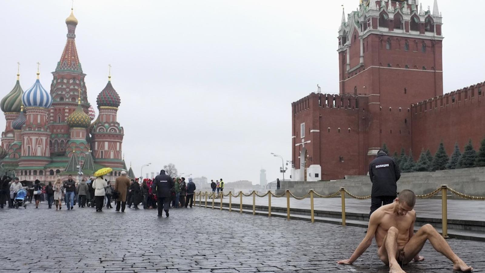 De la denúncia al delicte, l'última provocació de Piotr Pavlenski