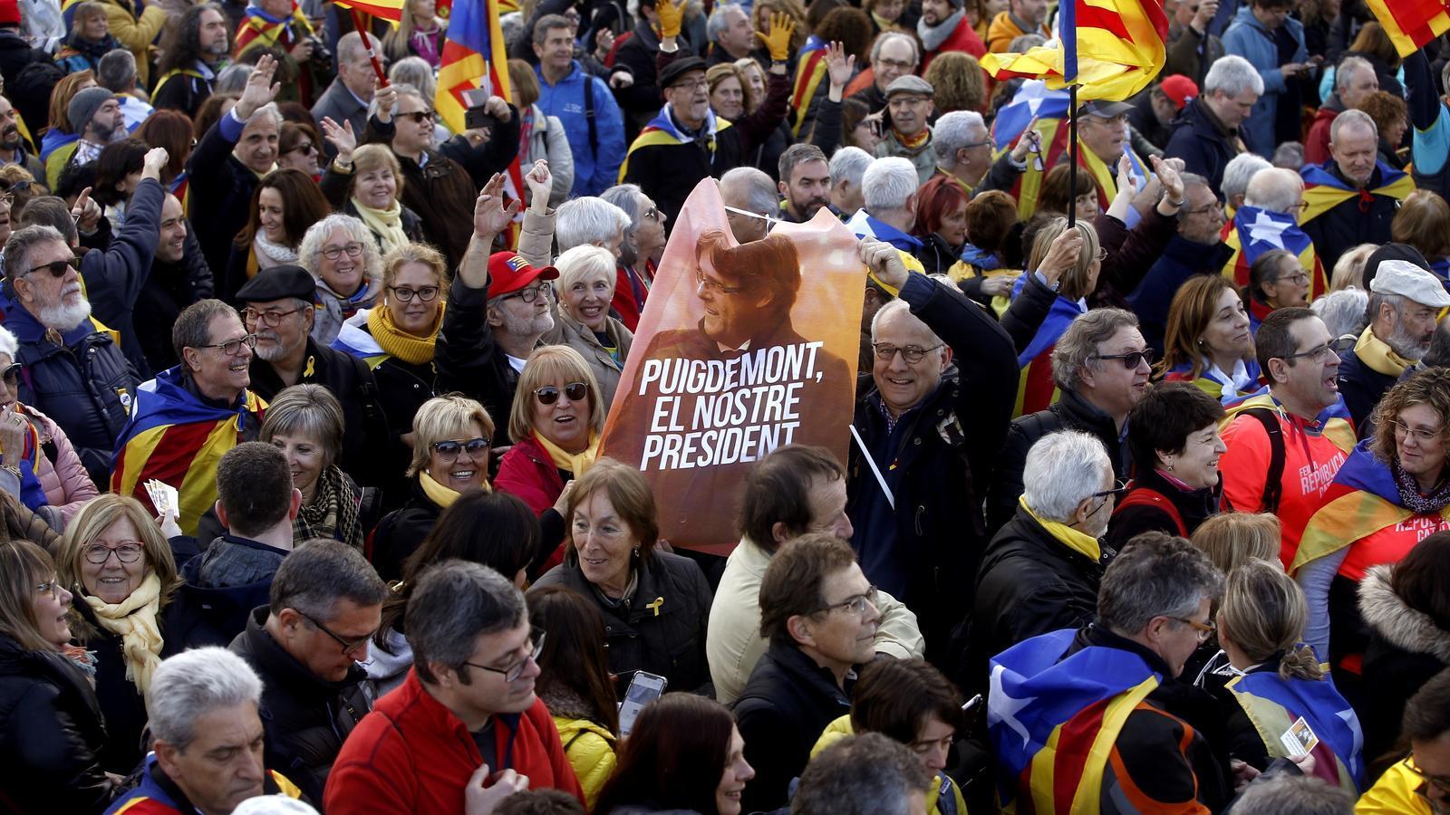 Milers de concentrats a l'acte del Consell per la República a Perpinyà.