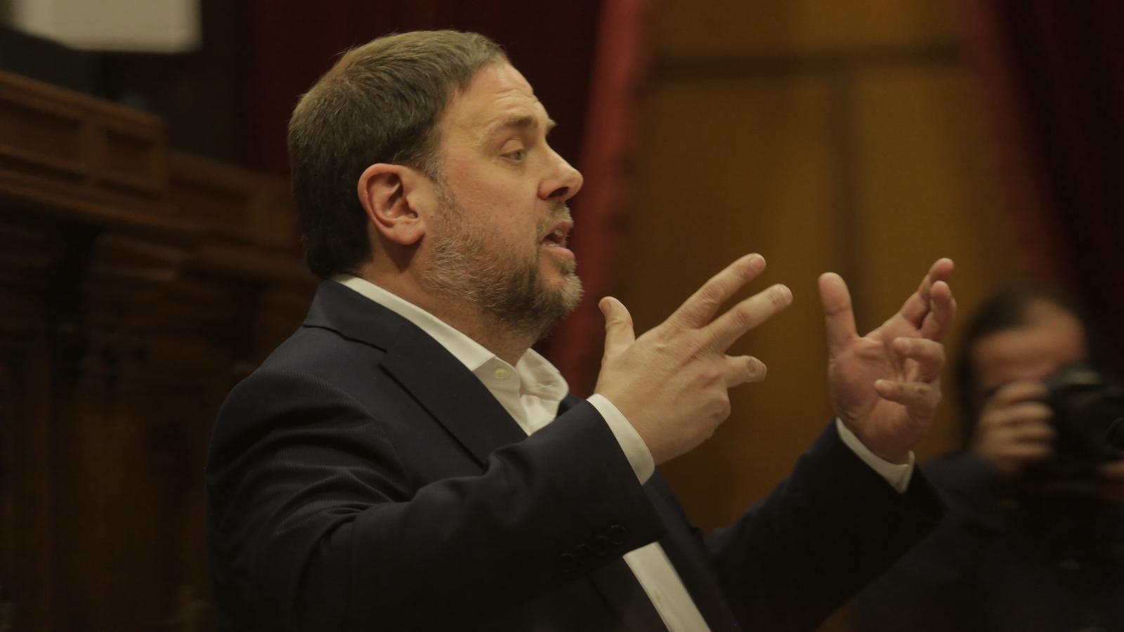 Govern | Projecte de Llei de Pressupostos per l'any 2018 Oriol-Junqueras-durant-debat-pressupostos_1708639298_41988205_420x280