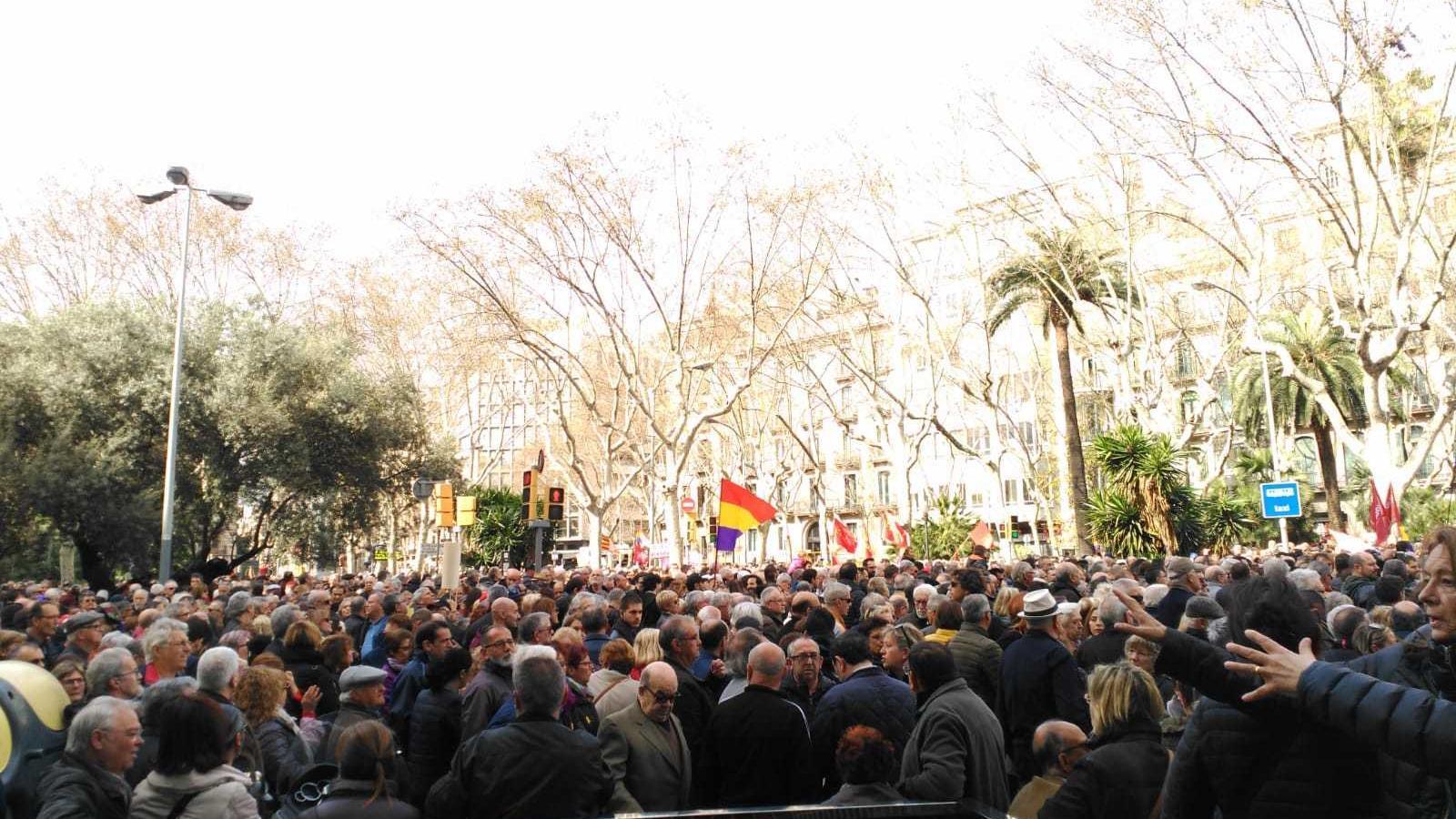 Els pensionistes tornen als carrers amb un centenar de protestes arreu de l'Estat