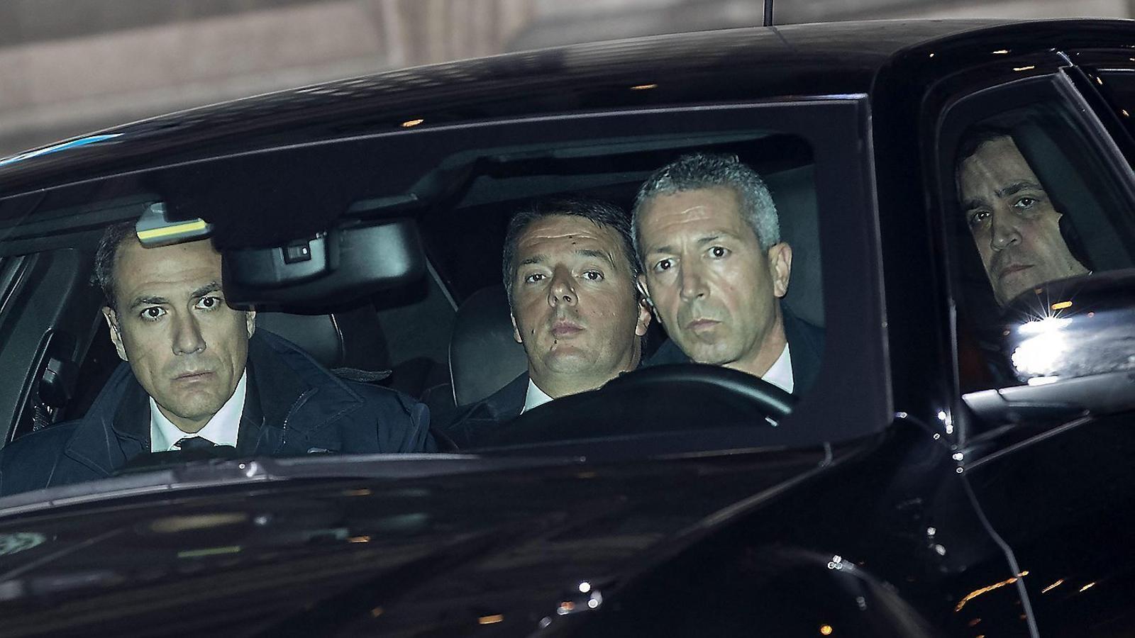 Renzi ajorna la dimissió fins a tenir pressupostos