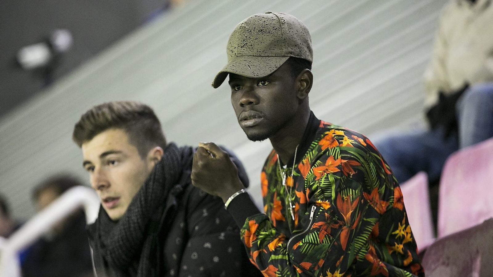 Torna el nen a qui el Barça  mai va deixar sol