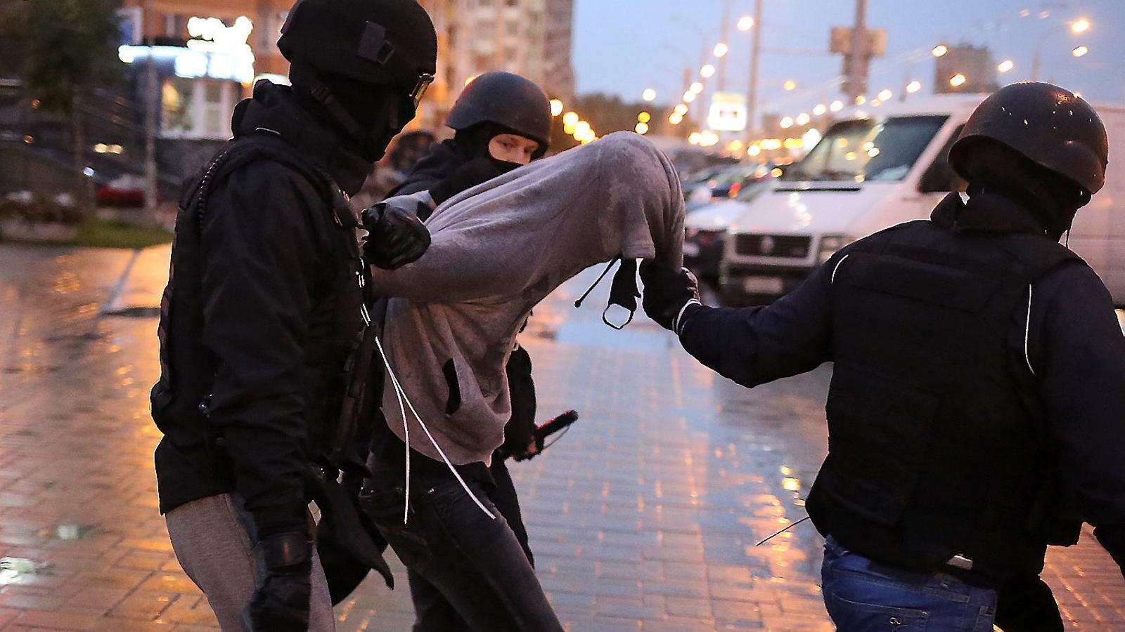 El país on cal pagar per manifestar-se