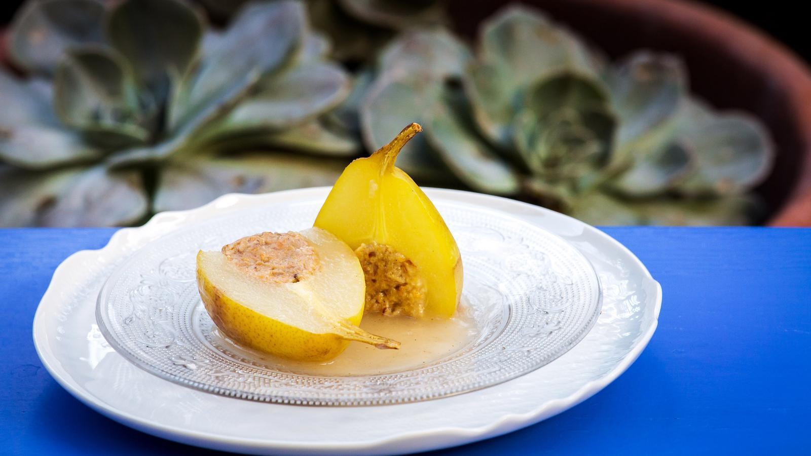 Les peres farcides són el plat que es menja a Sant Pol de Mar per Sant Jaume