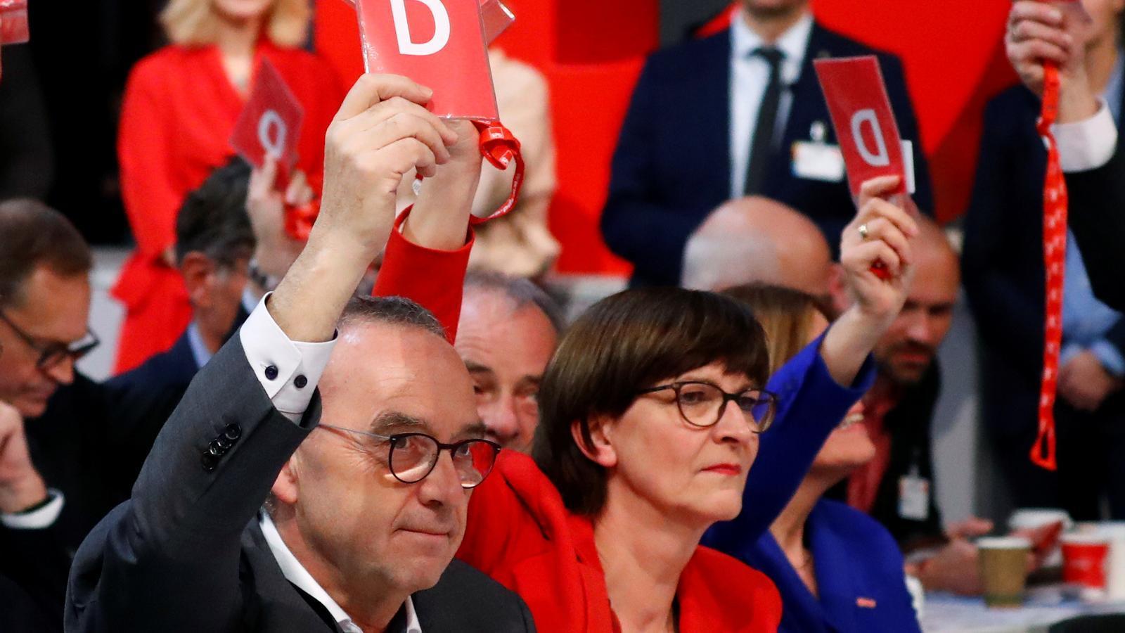 L'SPD es fa enrere i mantindrà el govern de coalició a Alemanya